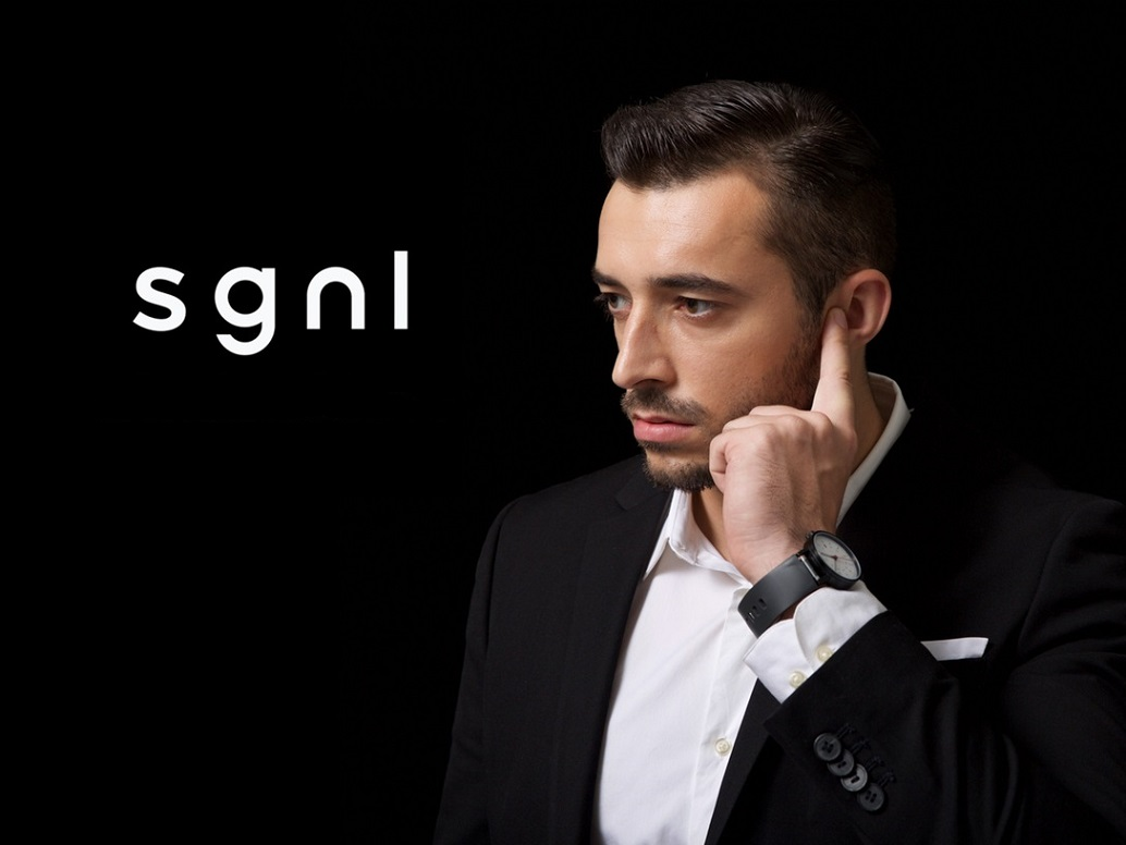 What is sgnl Wristband